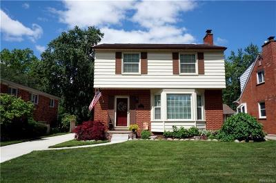 Royal Oak Single Family Home For Sale: 3003 Clawson Ave