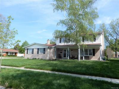 Warren Single Family Home For Sale: 11501 Villa Crt