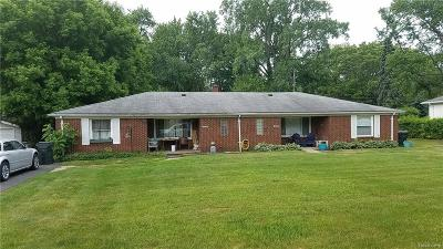 Shelby Twp Multi Family Home For Sale: 8508 Mary Ann Ave