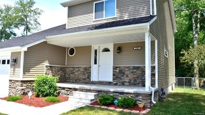 Algonac Single Family Home For Sale: 9593 Nook Rd