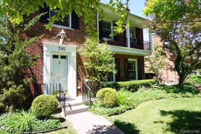 Grosse Pointe Single Family Home For Sale: 795 Lakeland St