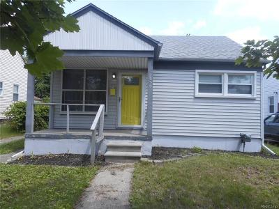Berkley Single Family Home For Sale: 2958 Greenfield Rd