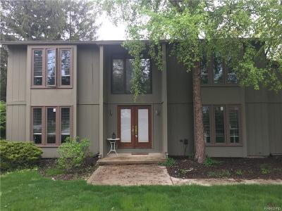 Bloomfield Hills Single Family Home For Sale: 4432 Dorian Dr