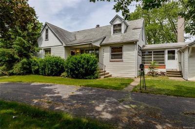 Westland Single Family Home For Sale: 27950 Ann Arbor Trl