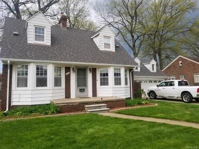 Lincoln Park Single Family Home For Sale: 927 Highland Ave