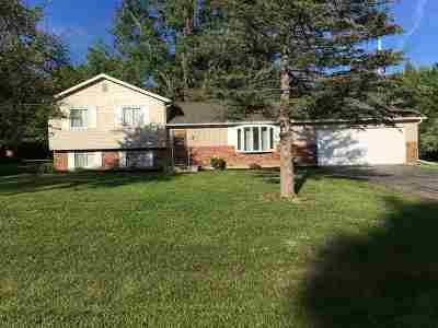 Single Family Home For Sale: 6377 Samson