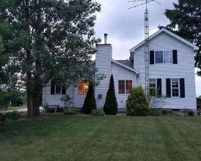 Single Family Home For Sale: 8430 Kaiser Rd