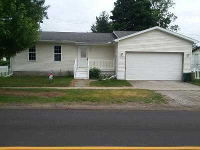 Lapeer Single Family Home For Sale: 4591 Water