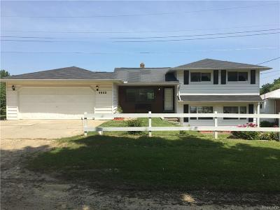 Lapeer Single Family Home For Sale: 4655 Wilson Dr