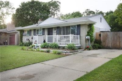Rochester Single Family Home For Sale: 625 Hill St