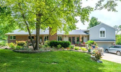 Rochester Single Family Home For Sale: 247 Whims Crt