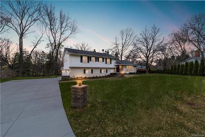 Single Family Home For Sale: 3901 Chestnut Hill Crt