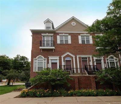 Pleasant Ridge Condo/Townhouse For Sale: 23990 Woodward Ave