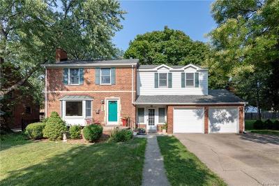 Grosse Pointe Park Single Family Home For Sale: 1242 Grayton St