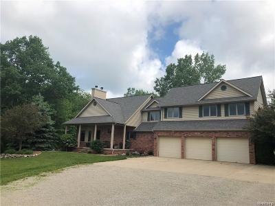 Lapeer Single Family Home For Sale: 3289 Colstream Dr