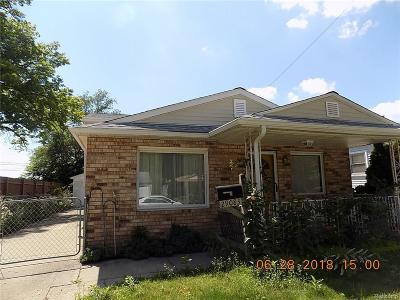 Madison Heights Single Family Home For Sale: 29083 Tawas St