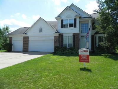 Lake Orion Single Family Home For Sale: 3283 Cranbrook Crt