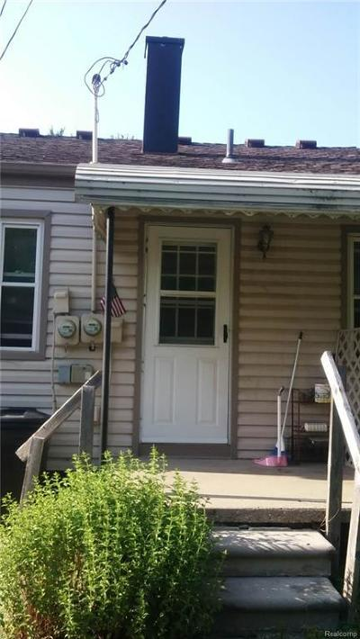 Madison Heights Single Family Home For Sale: 1196 E Rowland Ave