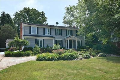 Bloomfield Hills Single Family Home For Sale: 2849 Whittier Dr