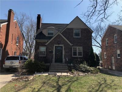 Grosse Pointe Woods Single Family Home For Sale: 1729 Hampton Rd
