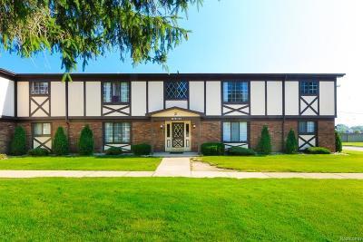 Saint Clair Shores Condo/Townhouse For Sale: 22751 Grove St
