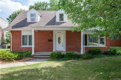 Saint Clair Shores Single Family Home For Sale: 21604 Shady Lane Ave
