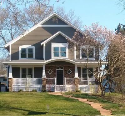 Royal Oak Single Family Home For Sale: 2928 Vinsetta Blvd