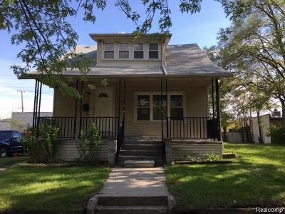 Hazel Park Single Family Home For Sale: 310 E Muir Ave