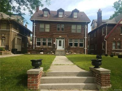 Detroit Single Family Home For Sale: 2235 W Boston Blvd