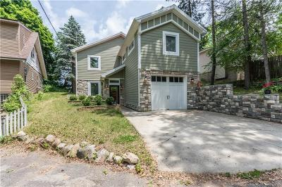 Lake Orion Single Family Home For Sale: 1608 Ray Crt