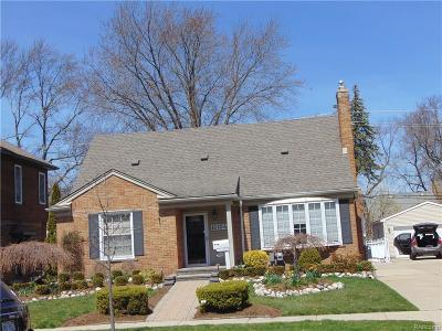 Huntington Woods Single Family Home For Sale: 10124 Lincoln Dr