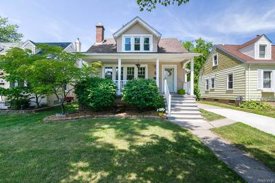 Grosse Pointe Woods Single Family Home For Sale: 1462 Anita Ave