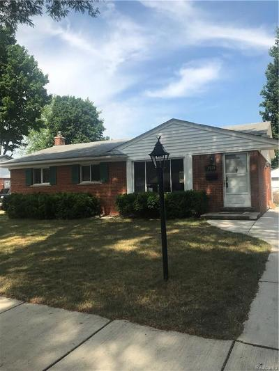 Livonia Single Family Home For Sale: 15078 Houghton Street St