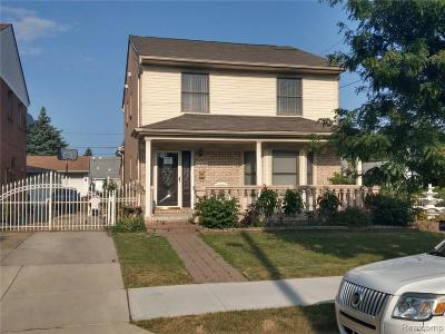 Dearborn Single Family Home For Sale: 7800 Chase Rd