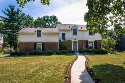 Bloomfield Hills Single Family Home For Sale: 148 N Glengarry Rd