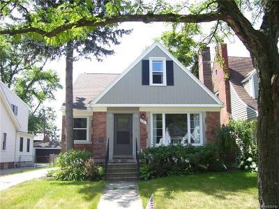 Ferndale Single Family Home For Sale: 781 W Breckenridge St