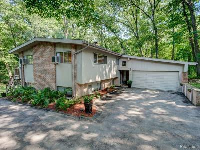 Rochester Single Family Home For Sale: 5745 Cobb Creek Rd
