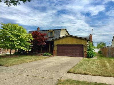 Sterling Heights MI Single Family Home For Sale: $200,000