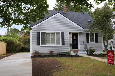 Royal Oak Single Family Home For Sale: 407 N Kenwood Ave