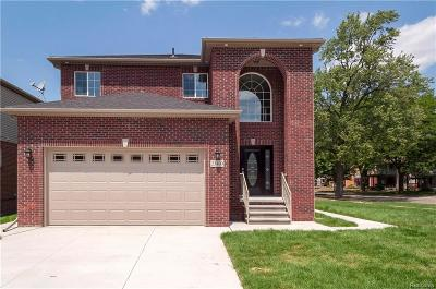Dearborn Single Family Home For Sale: 23400 Carlysle