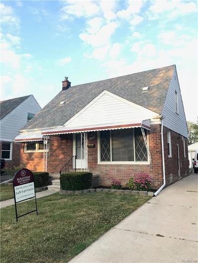 Saint Clair Shores Single Family Home For Sale: 27934 Grant St
