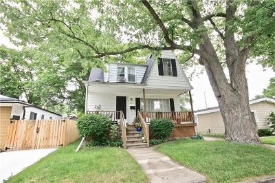 Oakland Multi Family Home For Sale: 1936 Farrow St