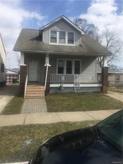 Detroit Single Family Home For Sale: 3365 S Greyfriar St