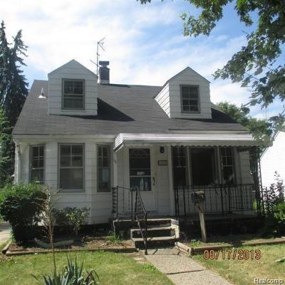 Harper Woods Single Family Home For Sale: 18580 Kingsville