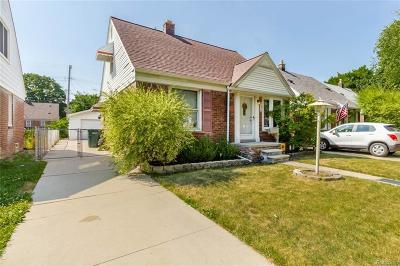 Dearborn Single Family Home For Sale: 3420 Smith St