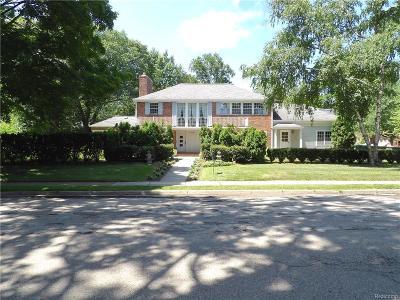 Birmingham Single Family Home For Sale: 1099 N Glenhurst Dr