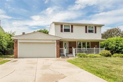 Sterling Heights Single Family Home For Sale: 35309 Grand Prix Dr