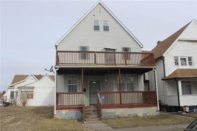 Detroit Multi Family Home For Sale: 211 E Bethune St