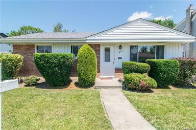 Dearborn Heights Single Family Home For Sale: 20628 Brooklawn Dr