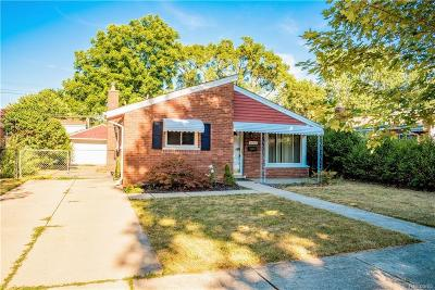 Dearborn Heights Single Family Home For Sale: 4665 Roosevelt Blvd